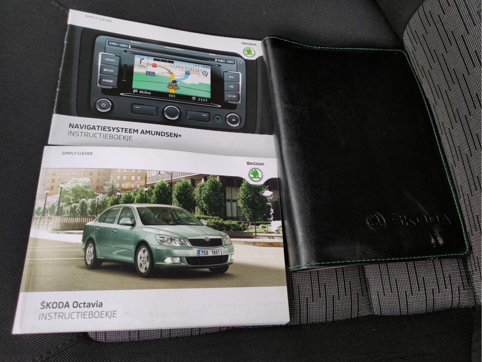 Škoda-Octavia-26