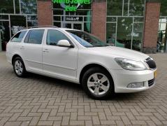 Škoda-Octavia-8