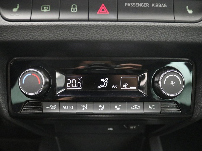 Škoda-Fabia-17